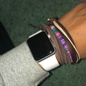 Jewelry - Bracelet Pack 🛍